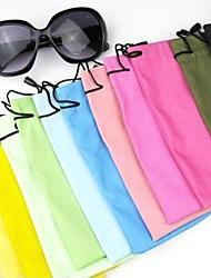 Multicolors Солнцезащитные очки сумка (Цвет наугад)