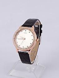 Womage Frauen-Rosen-Diamant-Mode-Uhr (schwarz)