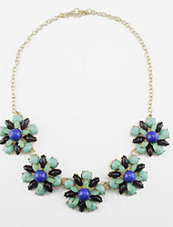 Women's Classic And Fresh Flower Necklace