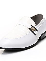 Zapatos de Hombre Mocasines Oficina y Trabajo / Vestido / Fiesta y Noche Cuero Sintético Negro / Blanco