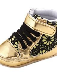 Talón plano de algodón para niños Primera Walker Fashion Sneakers con común partido y costura de encaje