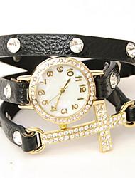 wagen u diamantisierten Kette eingewickelt Uhr Frauen