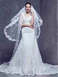 Wedding Veil Three-tier Cathedral Veils Lace Applique Edge 98.43 in (250cm) Tulle Ivory Ivory
