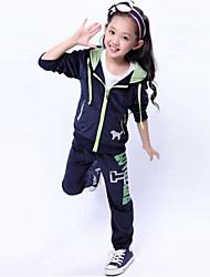 Girl's Fashion Leisure Velvet Sequins Embroidery Two Piece Clothing Set