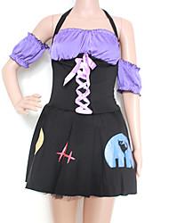 Costume da strega con vestito nero e viola