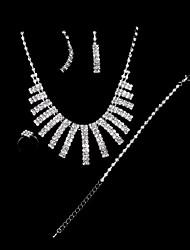 aretes collar de la mujer pulsera de trajes de anillo