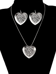 Classic Heart Shape Shinning Jewelry Set(1 Set)