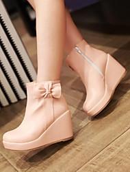 Calçados Femininos - Botas - Arrendondado - Anabela - Preto / Rosa / Branco - Courino - Social