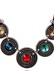 Women's Stylish Retro Exaggerated Crystal Alloy Short Necklace