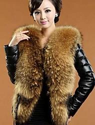 elegante abrigo de manga larga equipada de imitación piel de las mujeres