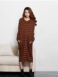 женские свободные полосы длинное платье