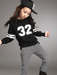 Girl's Numbers Black Round Collar T Shirt And Plaid Skiny Pants Clothing Sets