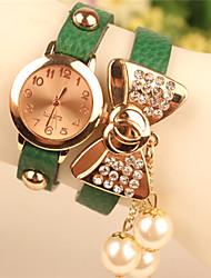 Мак женская элегантная все имитация матч алмаз лук браслет часы