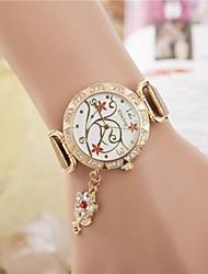 relógio de forma de diamante pingente de flor de quartzo das mulheres (cores sortidas)