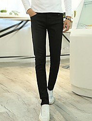 Herren-Casual mit elastischen Jeans