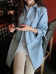 boneca das mulheres trouxe três quartos manga do casaco bowknot