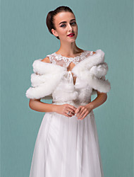 Fur Wraps / Wedding  Wraps Shrugs Faux Fur White Wedding / Party/Evening