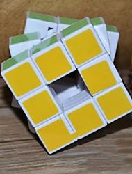 5,7 centímetros adesivos branco três ordem cubo oco (cor aleatória)