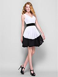 Cocktail Party Dress - Multi-color Plus Sizes / Petite A-line V-neck Short/Mini Georgette