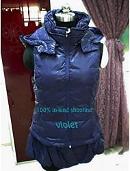Exclusive and detachable hat lap down vest