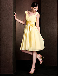 Knee-length Chiffon / Stretch Satin Bridesmaid Dress - Daffodil Plus Sizes / Petite A-line V-neck