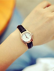 Women's Circular Vintage Quartz Hand Catenary Watch(Assorted Colors) Cool Watches Unique Watches