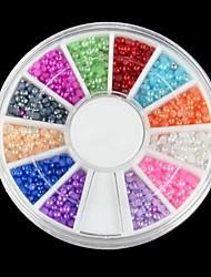 600pcs 12 Farbe Halbperlen Nagelkunstdekorationen