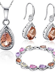 18 Karat Weißgold Beschichtung Halskette Ohrringe Armband Set