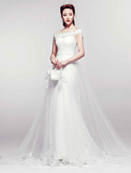 Trumpet/Mermaid Court Train Wedding Dress -Bateau Lace