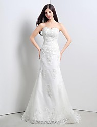 Trumpet / Mermaid Petite Wedding Dress Sweep / Brush Train Sweetheart Lace with Appliques / Sequin
