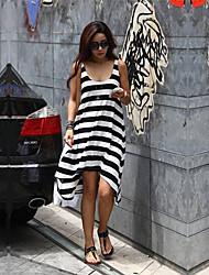 Assimétrico - Vestido - Algodão - Sem Forro