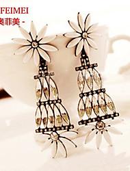 European and American female models exaggerated a high-end luxury jewels earrings long tassel earrings super gas field