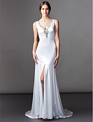 Lanting Bride® A-line Petite Wedding Dress Sweep / Brush Train V-neck Satin Chiffon with