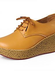 Calçados Femininos Couro Anabela Bico Fechado Sapatos para Esportes Casual Preto/Marrom/Amarelo/Laranja