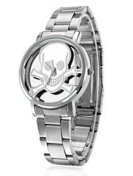 daybird 3640 estilo de personalidade crânio banda de aço inoxidável escavar relógio de quartzo (duas opções de cores)