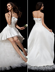 LAN TING BRIDE Ball Gown Wedding Dress Little White Dress Asymmetrical Strapless Satin Tulle with Appliques Flower Sash / Ribbon