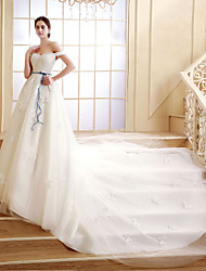 A-line Court Train Wedding Dress -Off-the-shoulder Lace