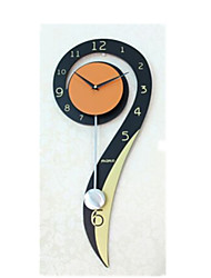 Modern/Contemporary Iron Novelty Wall Clock