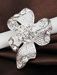 decoración decoración de boda con broche de mariposa
