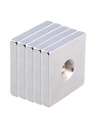 30 x 30 x 5mm Strong Quadrate Round Hole NdFeB Magnets (5 PCS)