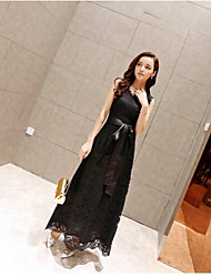 Women's Lace Inelastic Sleeveless Maxi Dress (Lace)