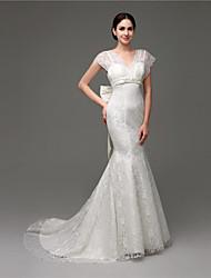 Trumpet/Mermaid Wedding Dress - White Court Train V-neck Lace