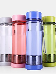Garrafa 650ml pc material de água (4 cores) para o ciclismo / caminhada / pesca