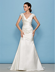 Lanting Bride® A-line Petite / Plus Sizes Wedding Dress Sweep / Brush Train V-neck Satin with