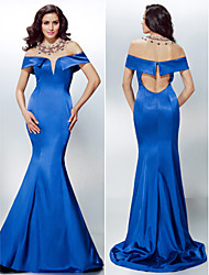 TS Couture® Formal Evening Dress - Royal Blue Plus Sizes / Petite Trumpet/Mermaid Off-the-shoulder Sweep/Brush Train Stretch Satin