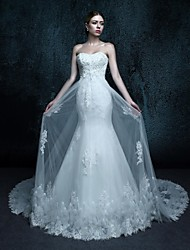 Trumpet / Mermaid Wedding Dress - Elegant & Luxurious Lacy Looks Chapel Train Sweetheart Tulle with Appliques / Beading