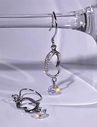 мода 925 серебряных капель элегантный белый циркон серьги женщины
