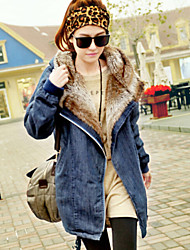 Women's Winter Warm Fleece Lining Hooded Loose Denim Coat , Casual / Work