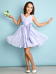 Lanting Bride® Knee-length Chiffon Junior Bridesmaid Dress A-line V-neck with Bow(s) / Criss Cross