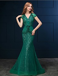Formal Evening Black Tie Gala Dress - Sexy Trumpet / Mermaid V-neck Sweep / Brush Train Lace with Appliques Pearl Detailing
